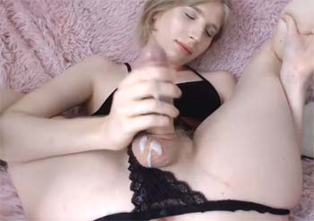 Qui veut goûter mon sperme ?